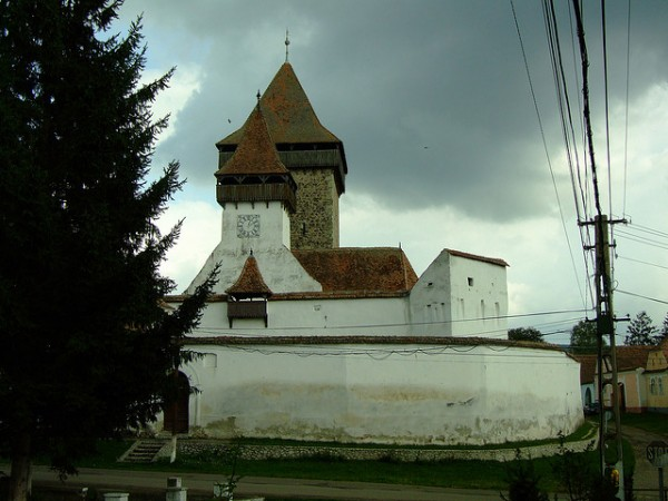 Fortified church in Homorod, ©access.denied/Flickr